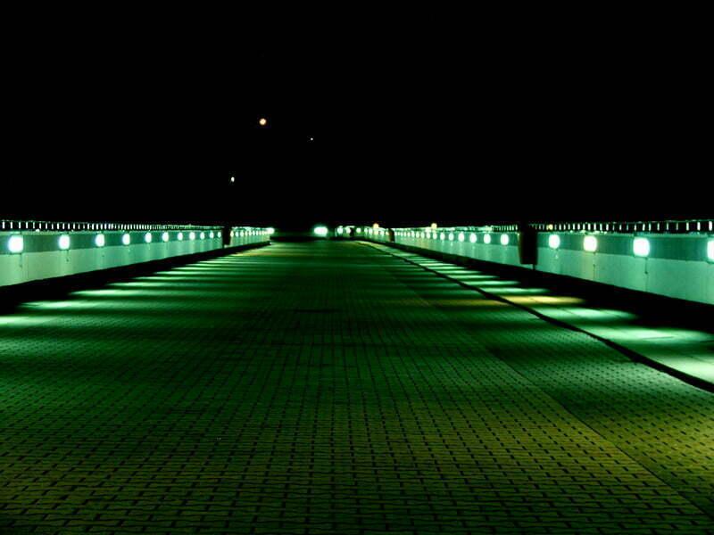 Korona zapory nocą / fot. Aneta  Jamroży