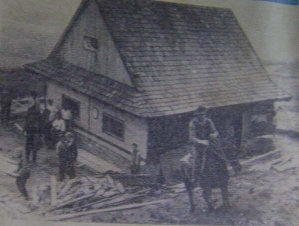 Reprodukcja zdjęcia znajdującego się w Chatce Puchatka  Fot.  Aneta Jamroży