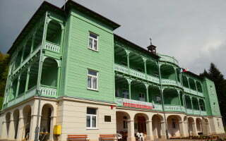 Komańcza - klasztor sióstr nazaretanek 02