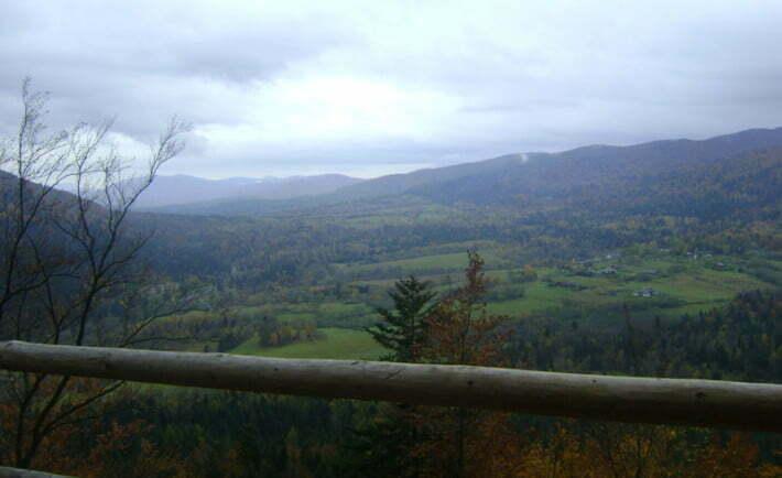 Widok z wieży widokowej Jeleni Skok/Fot. Aneta Jamroży