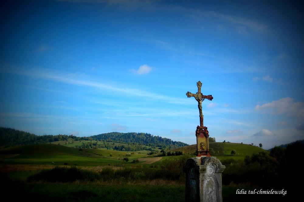 Krzyż przydrożny - Bystre / fot. Lidia Tul-Chmielewska