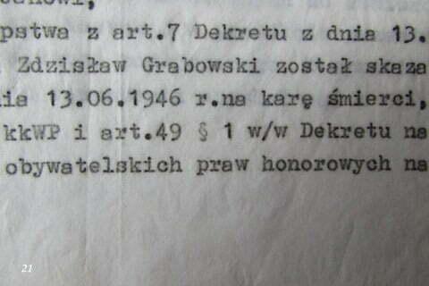 Dokument stwierdzający o skazaniu ojca, Zdzisława Grabowskiego na śmierć w czasach stalinowskich. / fot. Archiwum Lesława Grabowskiego