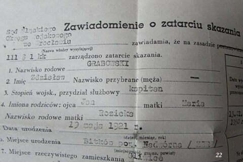 """Dokument stwierdzający o """"zatarciu kary skazania """", wydany już po sześcioletnim pobycie ojca w więzieniu w celi śmierci i po jego uniewinnieniu i wyjściu z więzienia, po śmierci Stalina. / fot. Archiwum Lesława Grabowskiego"""