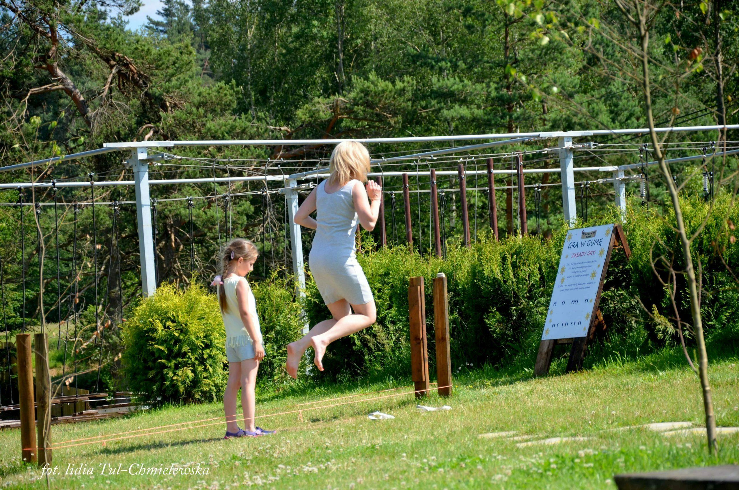 Wiejskie zoo rodzinna wspólna zabawa fot. Lidia Tul-Chmielewska