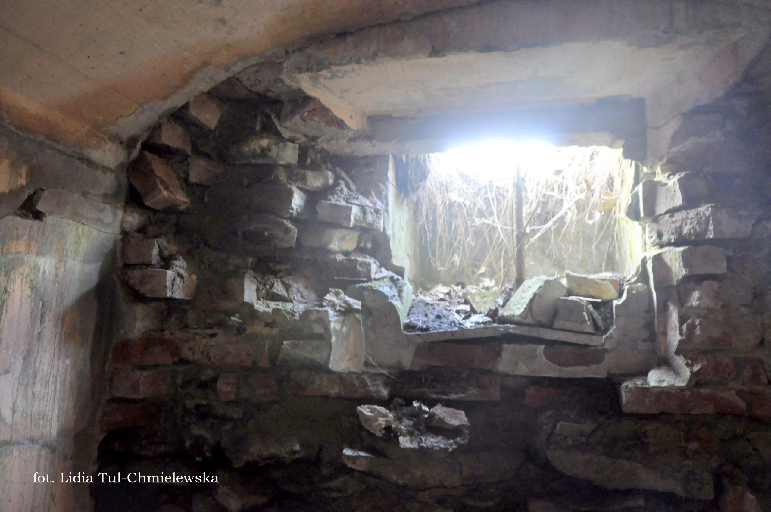 Ruiny strażnicy niemieckiej Tworylne fot. Lidia Tul-Chmielewska
