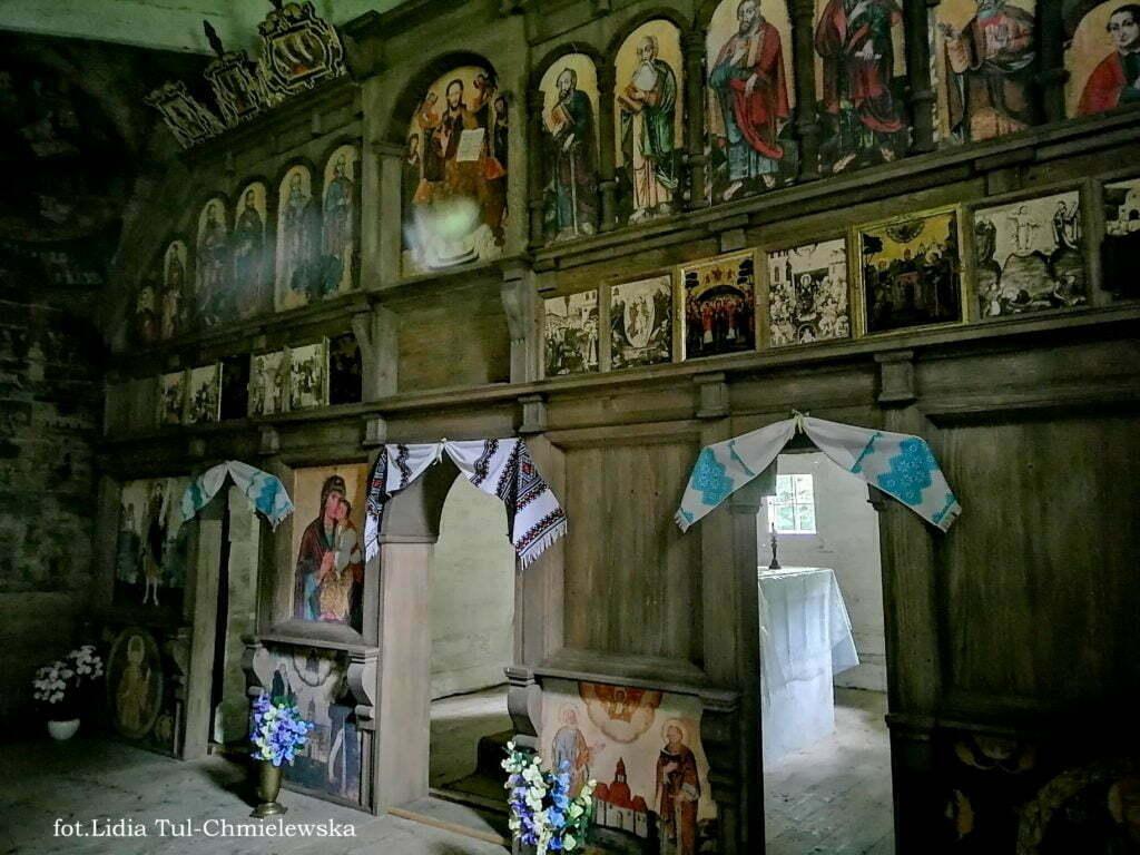 Pozostałości ikonostasu cerkiew Ulucz fot.Lidia Tul-Chmielewska